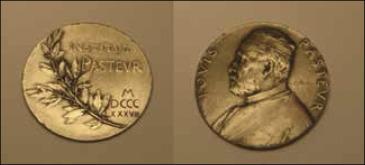 Medalla del Instituto Pasteur de París.(Cortesía de la Familia Fuenzalida ...