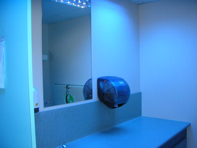 Fluorescent Blue Lights Injecting Drug Use And Related Health Risk - Blue lights in bathroom