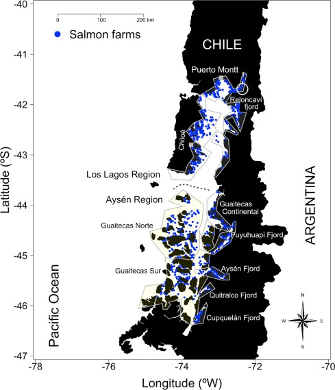 Quantifying harmful algal bloom thresholds for farmed salmon