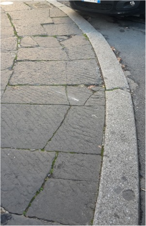 Analysis of natural stone block pavements in urban shared