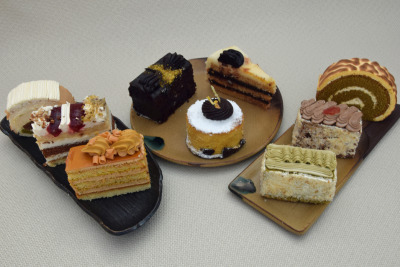 Storage commercial sweet foods, semi-finished products of flour products and milk concentrates